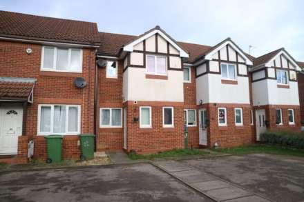 3 Bedroom Terrace, Barnsbury Gardens, Newport Pagnell