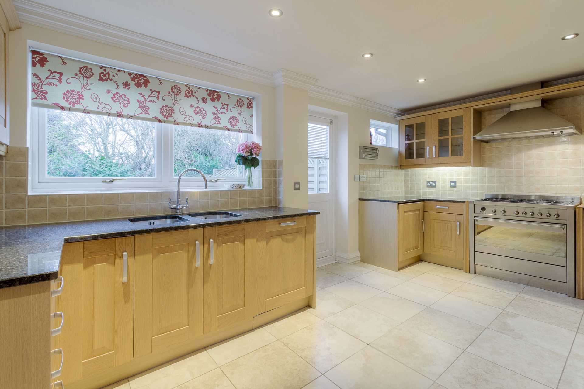 Livesey Hill, Shenley Lodge, Image 14