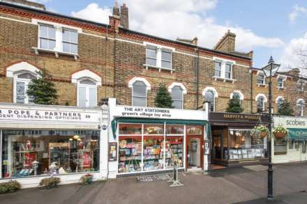 2 Bedroom Maisonette, Dulwich Village SE21 7BN