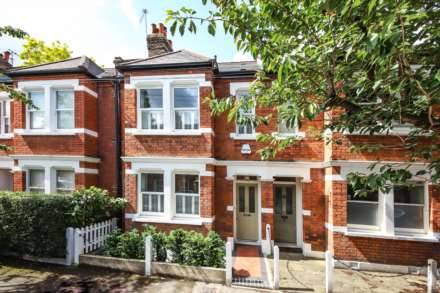 3 Bedroom Terrace, Aysgarth Road Dulwich Village SE21 7JR
