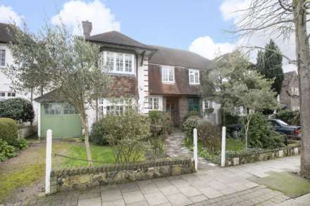 5 Bedroom Semi-Detached, Gilkes Crescent Dulwich Village SE21 7BP