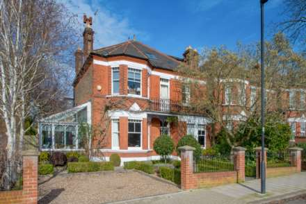 6 Bedroom Link-Detached, Chestnut Road West Dulwich SE27 9EZ