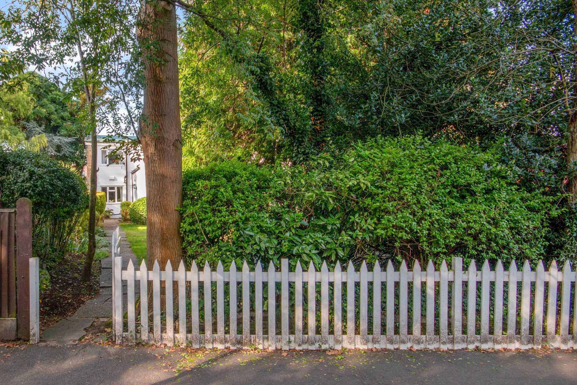 Dulwich Village SE21 7AJ, Image 15