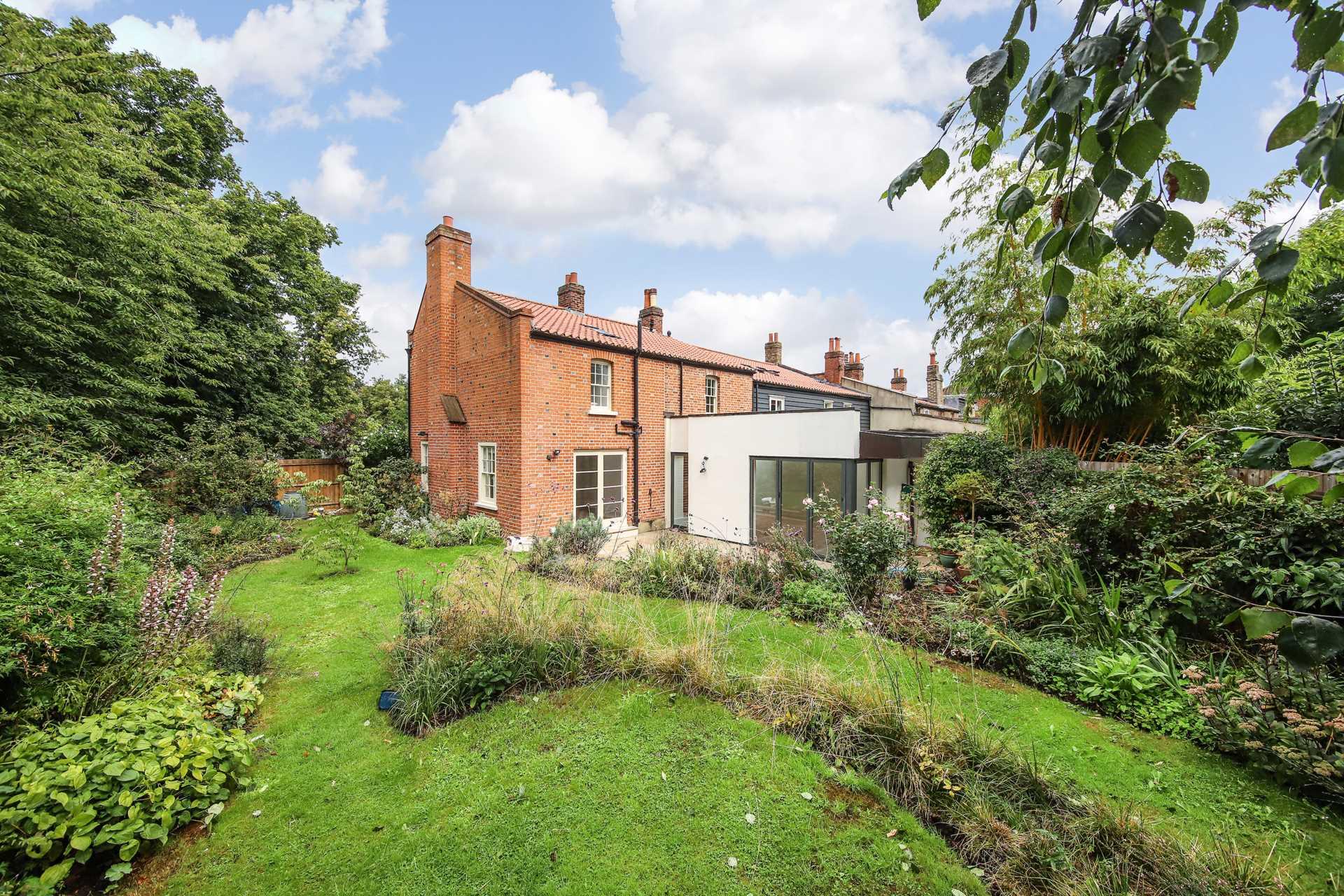 Pond Cottages Dulwich Village SE21 7LE, Image 1