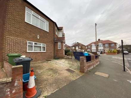 Parkwood Road, Isleworth, Image 15