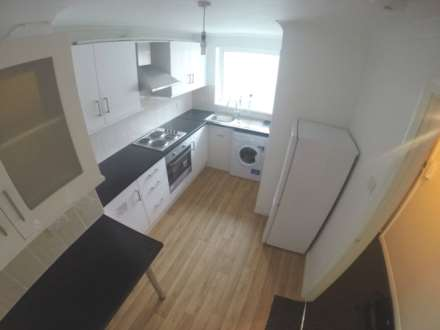 Sefton Court, Jersey Road, TW3 4GB