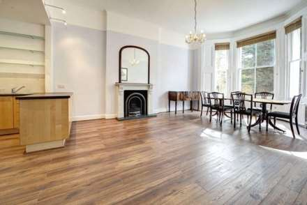 Property For Rent Sinclair Gardens, Hammersmith, London