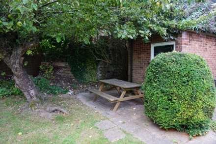 Ashridge Rise, Berkhamsted, Hertfordshire, Image 11