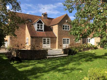 Property For Rent Toms Hill, Aldbury, Tring