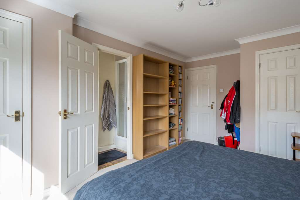 Newbolt Close, Newport Pagnell, Image 12