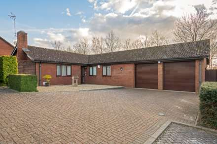 4 Bedroom Detached Bungalow, Thorncliffe, Two Mile Ash