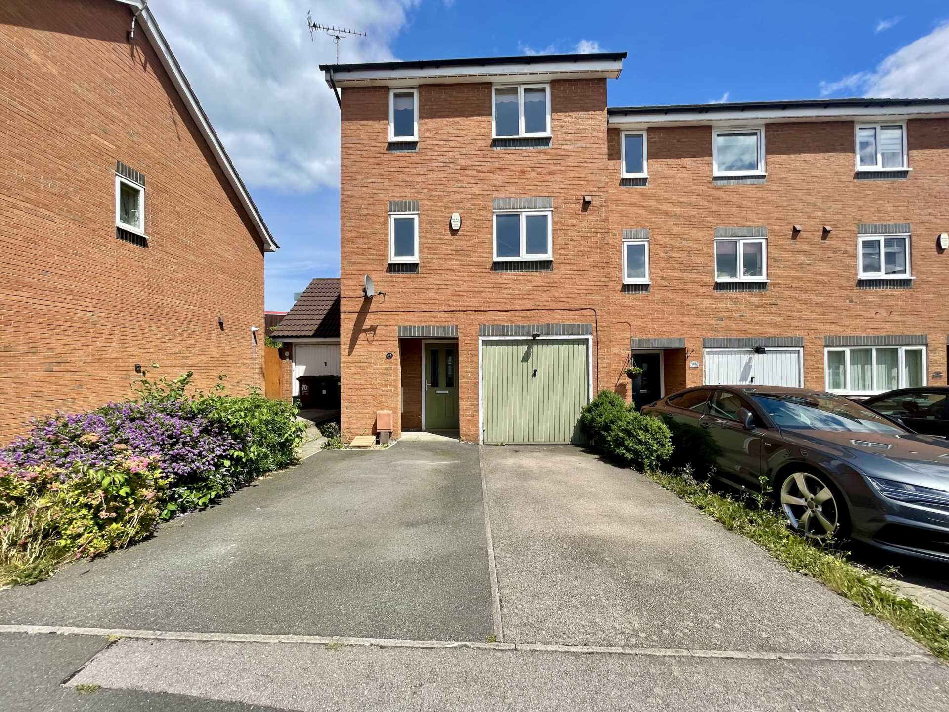 Violet Close, Corby, Image 1