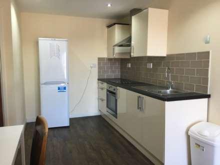 4 Bedroom Apartment, Miskin Street, Cathays, CF24 4AP