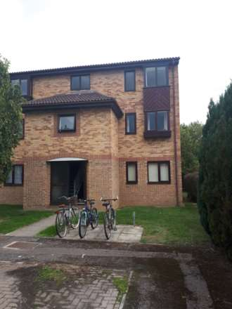 1 Bedroom Flat, Franklyn Close, Abingdon