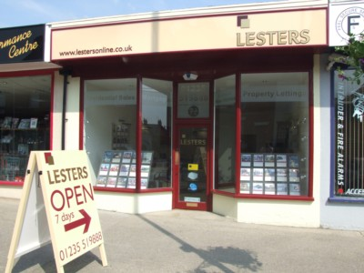 Lesters Legendary Customer Service 'moves In' To Didcot