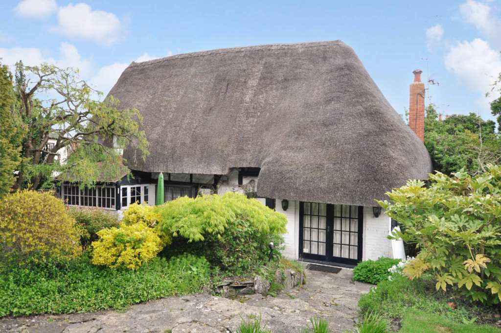 Beautiful Country Cottage Available To Rent