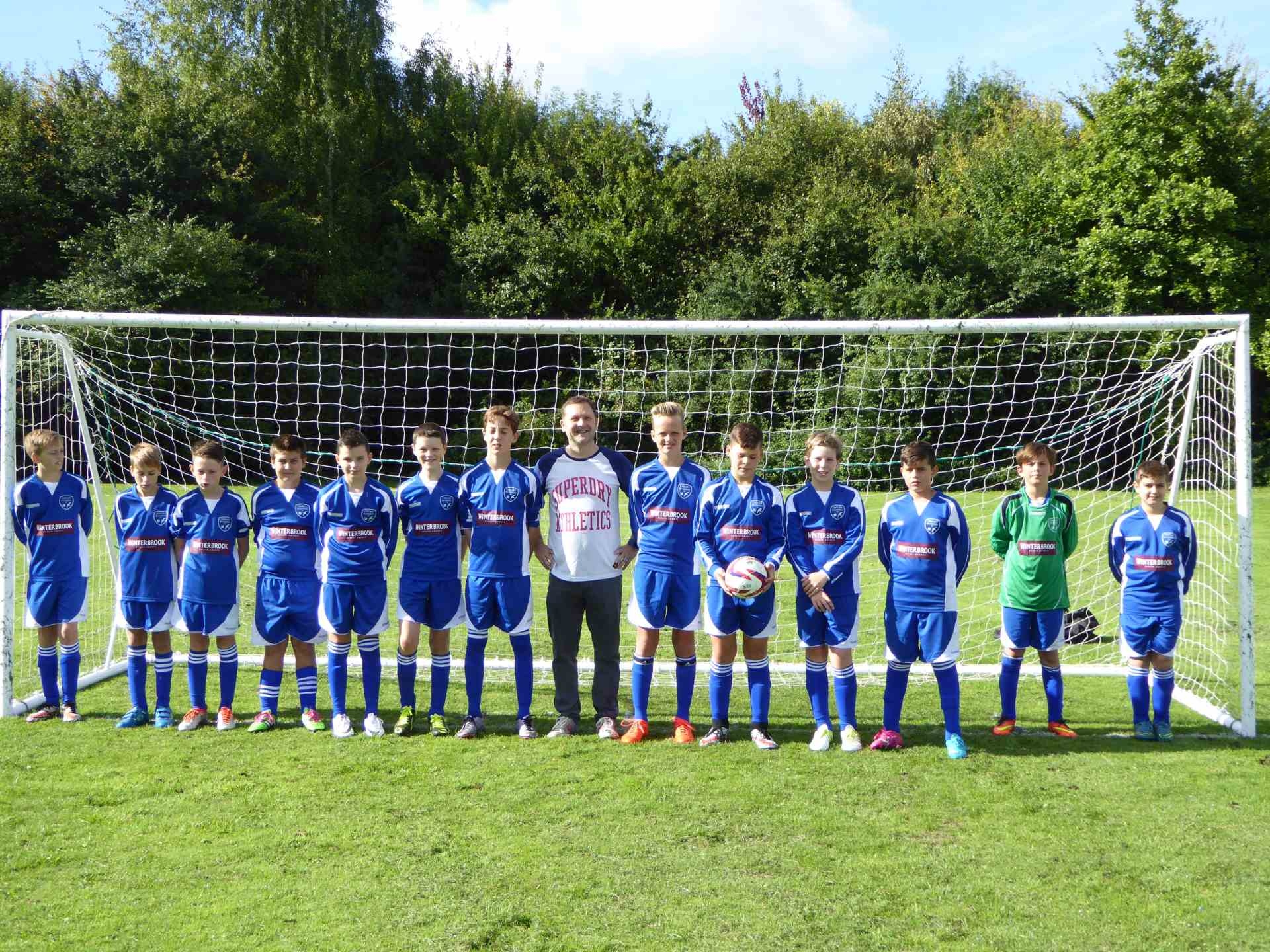 Winterbrook sponsor Cholsey Bluebirds Under 13`s football team