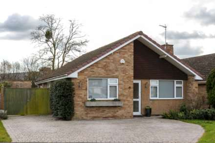 3 Bedroom Bungalow, Greenfield Crescent, Wallingford