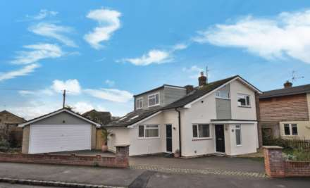 4 Bedroom Detached, St. Helens Crescent, Benson