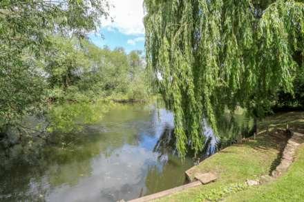 Long Wittenham, Image 16