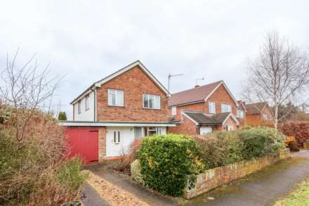 3 Bedroom Detached, Brookmead Drive, Wallingford