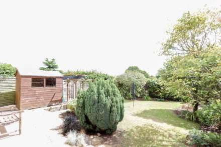 Greenfield Crescent, Wallingford, Image 11