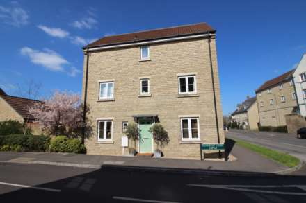 4 Bedroom Semi-Detached, Ellworthy Court, Frome