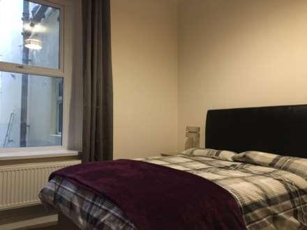 Room      Page Street, Swansea, Image 1