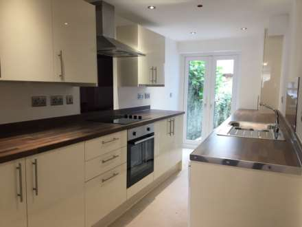 Property For Rent Humphrey Street, Swansea