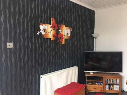 3 Bedroom Semi-Detached, Dyffryn Road, Alltwen