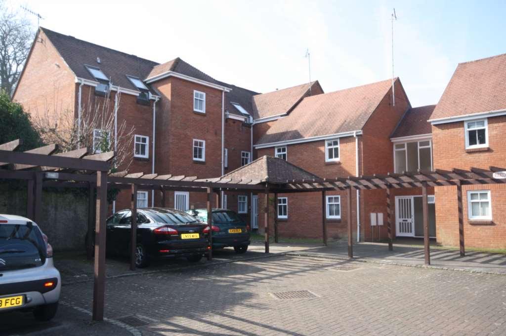 Cavalier Court, Berkhamsted, Image 1
