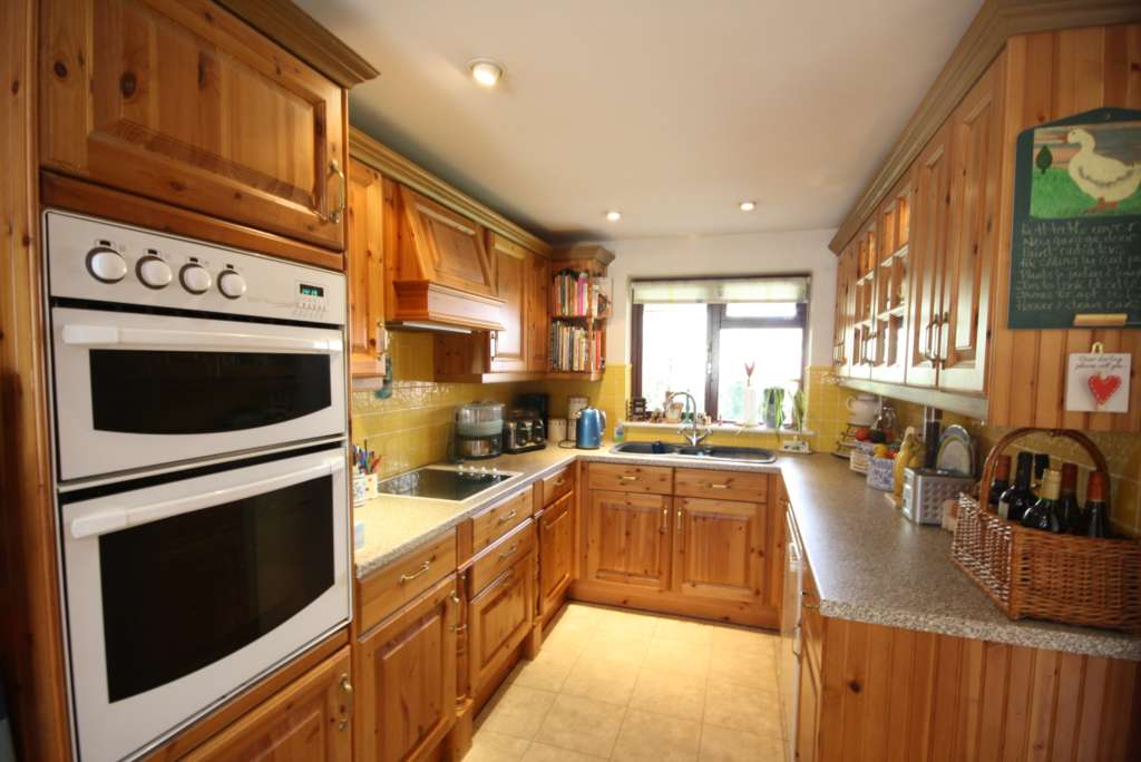 Thorntree Drive, Tring, Image 4