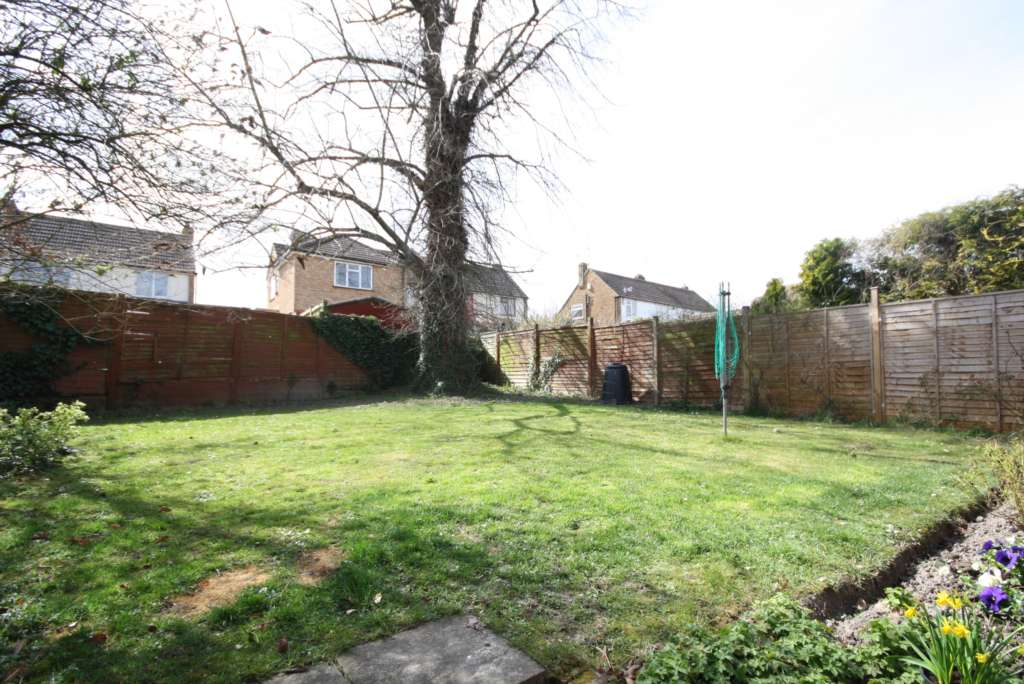 Thorntree Drive, Tring, Image 8