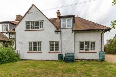 Property For Rent Hog Lane, Ashley Green, Chesham