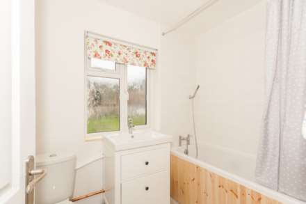 Loxley Road, Berkhamsted, Image 6