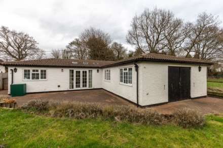 Property For Rent Hog Lane, Ashley Green, Chesham