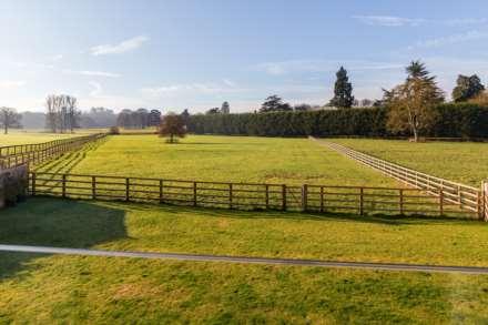 Pendley Farm, Tring, Image 17