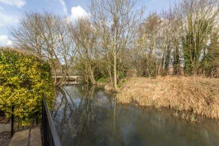 Waterside, Edlesborough, Image 2