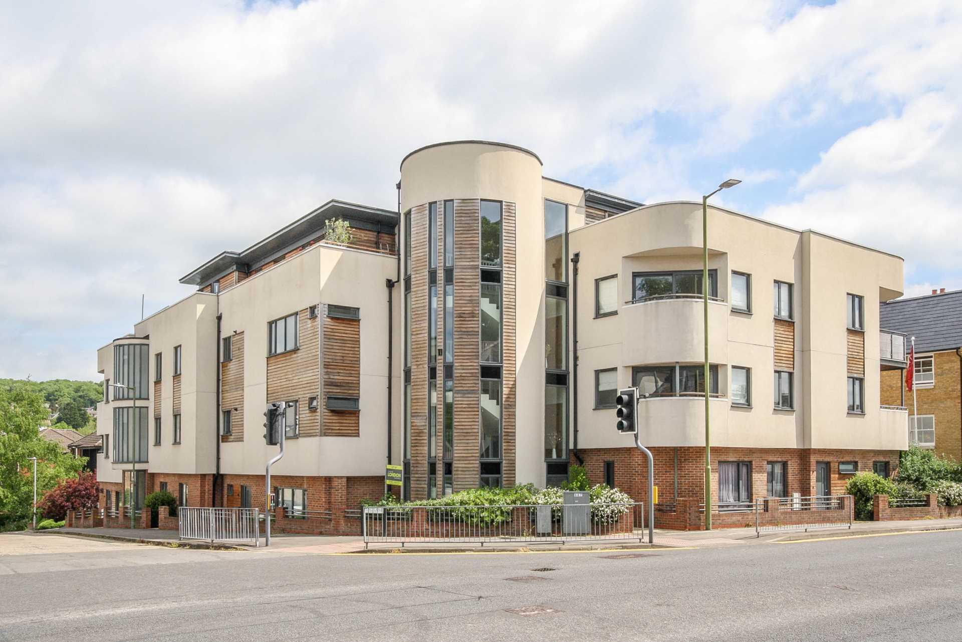 Stag Lane Berkhamsted, Image 1