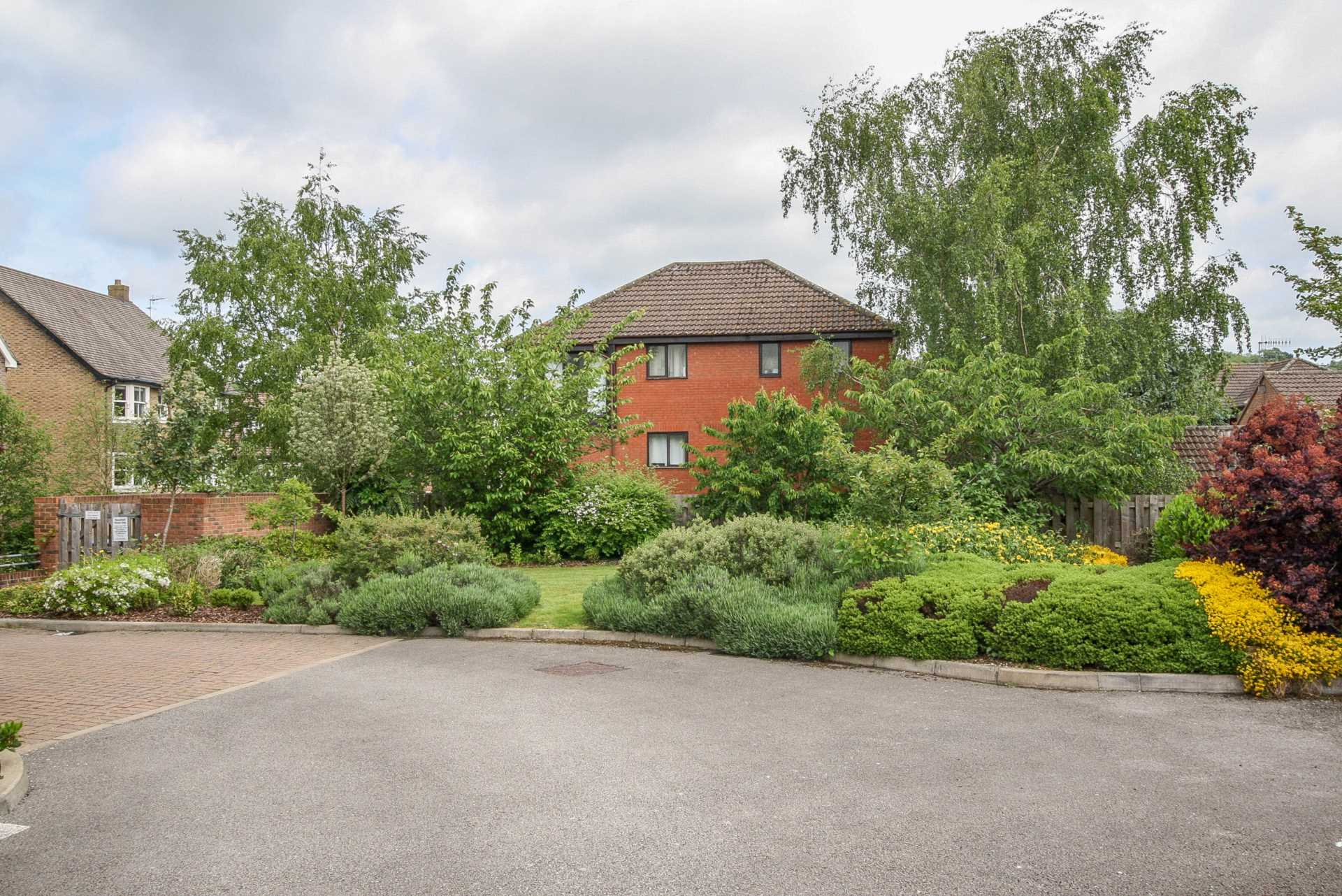 Stag Lane Berkhamsted, Image 9