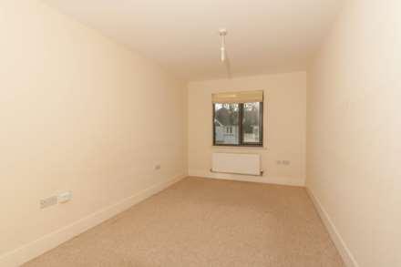 Stag Lane Berkhamsted, Image 4