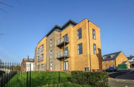 2 Bedroom Penthouse, Ebberns Road, Apsley