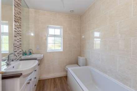 Jarvis Close, Aylesbury, Image 11
