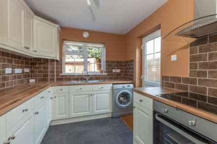 Jarvis Close, Aylesbury, Image 6