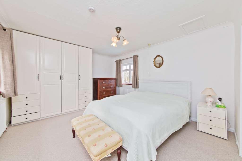 Ashlyns Road, Berkhamsted, Image 10