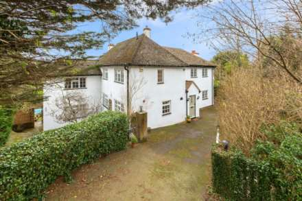5 Bedroom Detached, Ashlyns Road, Berkhamsted