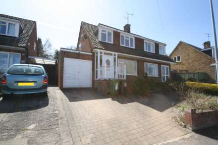 3 Bedroom Semi-Detached, Hillside Gardens, Berkhamsted