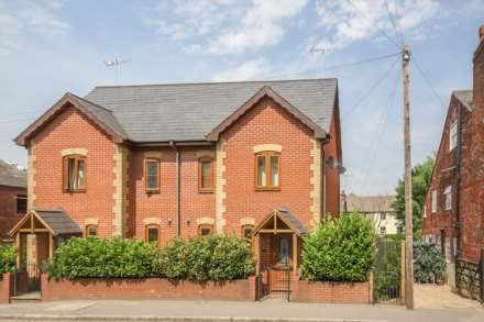 Property For Rent Gossoms End, Berkhamsted