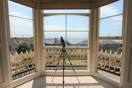 2 Bedroom Apartment, Atlantic Road, Weston-super-Mare