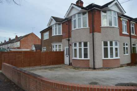 4 Bedroom Flat, Broad Lane, Coventry